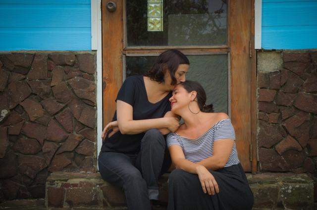 la ilustradora y la fotografa, foto de Claudia Berlin Linhares