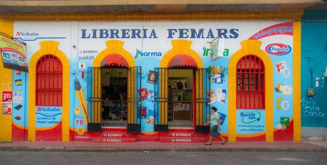 Jinotega cromático-comercial (1 de 10) by Iara Vega Linhares